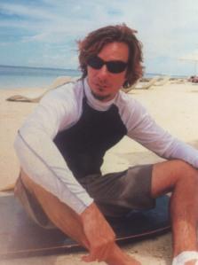 lester_surfing